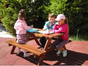 Детский столик со скамейками П03